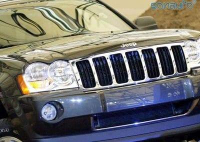 Jeep Grand Cherokee Laredo (multimedia)