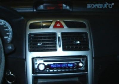 Peugeot 307 (autoradio Kenwood)