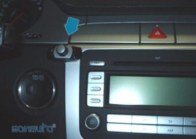 Volkswagen PASSAT (Bluetooth Parrot)